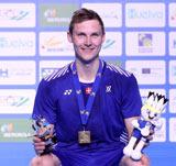 Viktor-wins-European-Championships-160-151